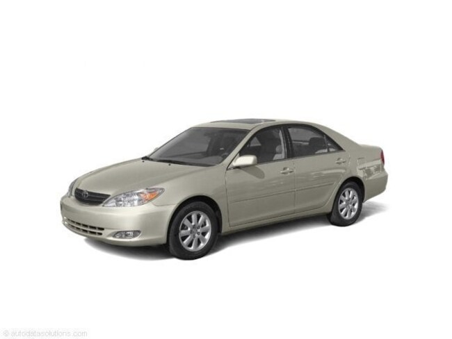 Used 2004 Toyota Camry LE Sedan for sale in Charlottesville