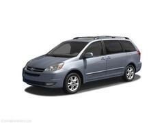 2004 Toyota Sienna LE w/8 Pass. Seating Van