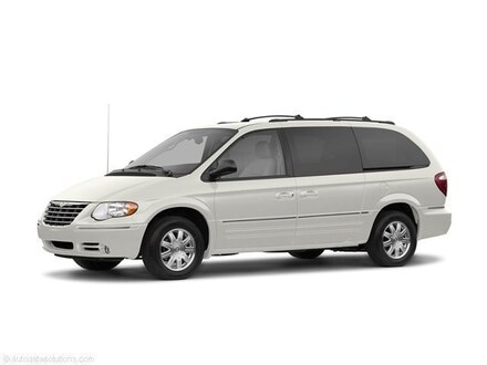 2005 Chrysler Town & Country Limited Limited  Extended Mini-Van w/ Power Moonroof