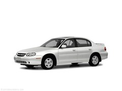 Used 2005 Chevrolet Classic Base Sedan