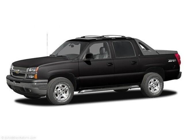 2005 Chevrolet Avalanche LS Crew Cab Short Bed Truck