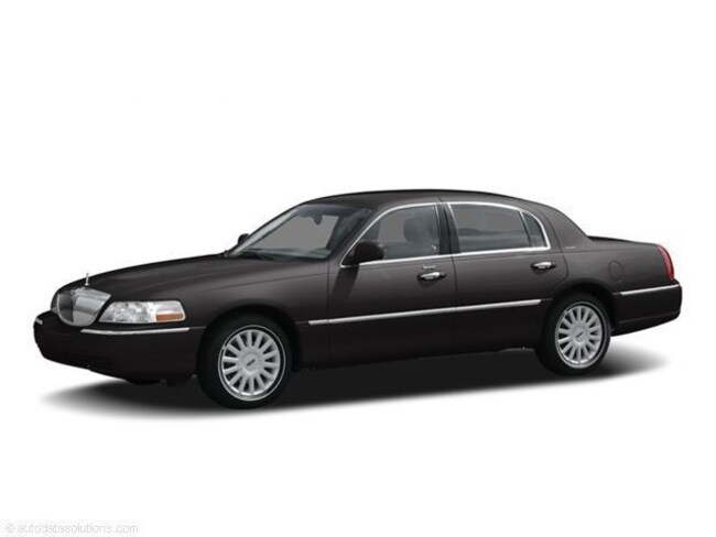 Used 2005 Lincoln Town Car Sedan For Sale In Redford Mi Serving