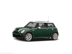 Discounted bargain used vehicles 2005 MINI Cooper Base Hatchback for sale near you in Stafford, VA