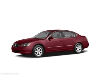 Bargain Used 2005 Nissan Altima 2.5 S Sedan for sale near you in Indianapolis, IN