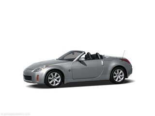 2005 Nissan 350Z 2dr Roadster Enthusiast Manual Convertible