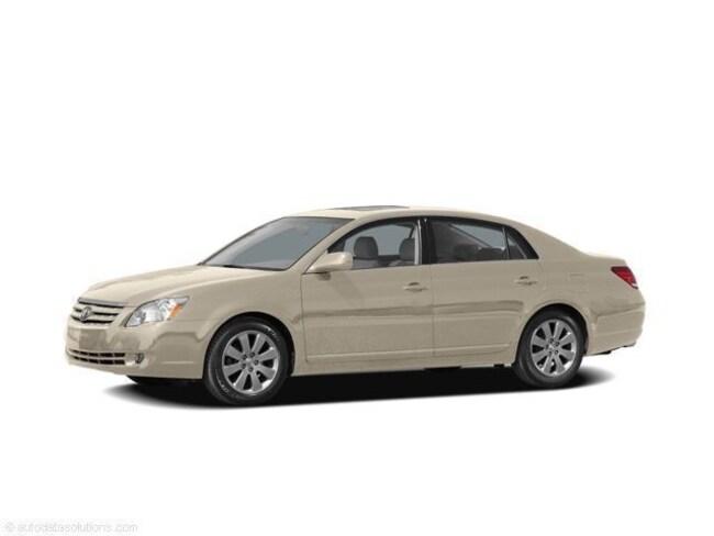 2005 Toyota Avalon Limited Sedan