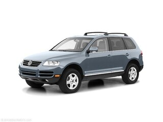 Picture of a 2005 Volkswagen Touareg V8 SUV For Sale in Lowell, MA