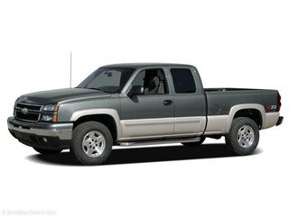 2006 Chevrolet Silverado 1500 Ext Cab 143.5 WB 4WD LS Extended Cab Pickup