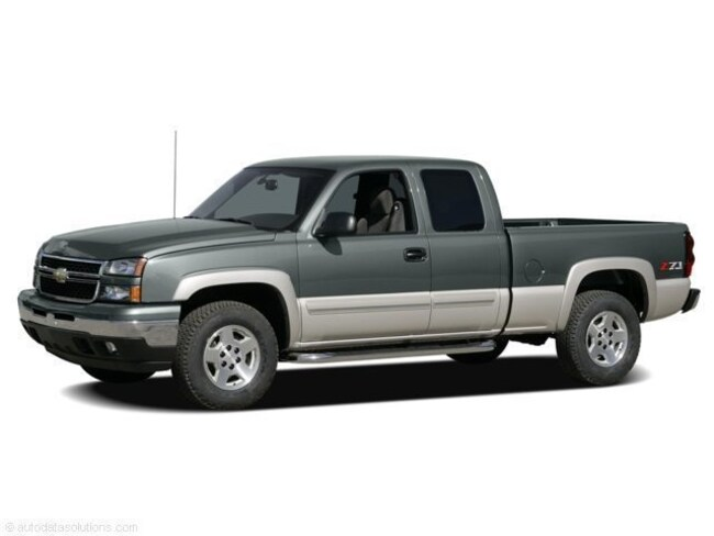Used vehicle 2006 Chevrolet Silverado 1500 Truck Extended Cab for sale near you in Lakewood, CO