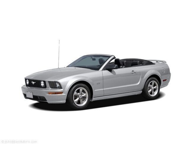 2006 Ford Mustang Deluxe Convertible