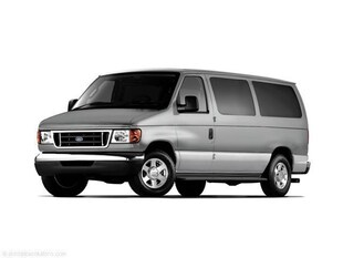 2006 Ford Econoline Wagon XLT Minivan/Van