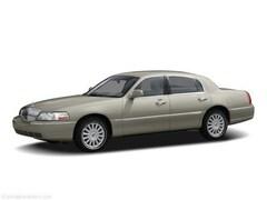 2006 Lincoln Town Car Signature Limited Sedan