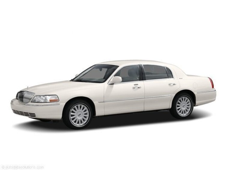 Used 2006 Lincoln Town Car Signature Limited For Sale In Cape May