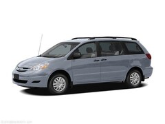 2006 Toyota Sienna LE (Non-Inspected Wholesale Tow-Off) Van