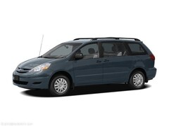 2006 Toyota Sienna XLE Van