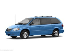 2007 Chrysler Town & Country Base Minivan/Van
