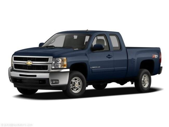 DYNAMIC_PREF_LABEL_AUTO_USED_DETAILS_INVENTORY_DETAIL1_ALTATTRIBUTEBEFORE 2007 Chevrolet Silverado 2500HD LT Truck for sale near portage