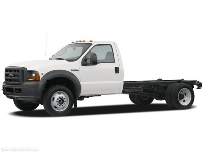 2007 Ford F-550 Chassis Cab XL Chassis Truck