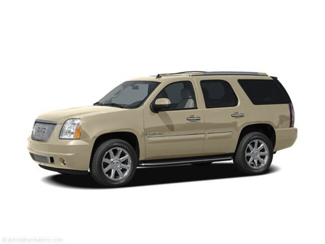 Used 2007 GMC Yukon Denali SUV in Litchfield