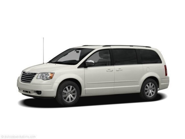 Used 2008 Chrysler Town & Country Limited Van in Hannibal, MO
