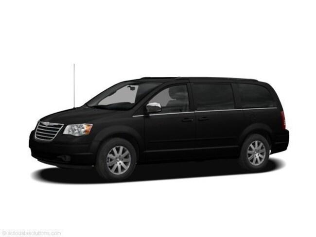2008 Chrysler Town & Country Limited Minivan/Van