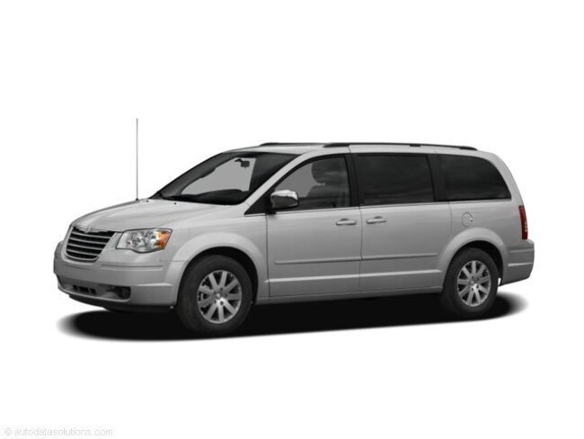Used 2009 Chrysler Town & Country Limited Van for sale in Cooperstown, ND