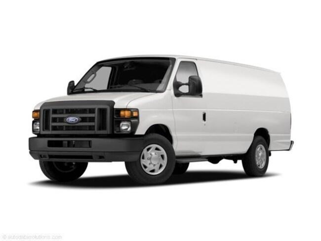 2009 Ford E-350 Super Duty Van Extended Cargo Van