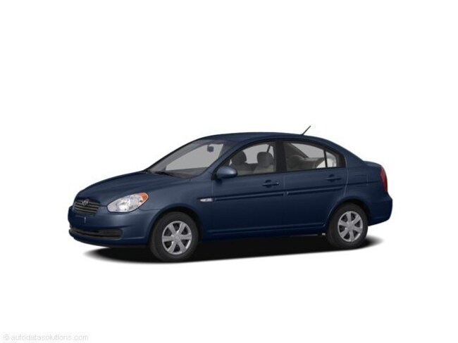Used 2009 Hyundai Accent GLS Sedan for sale in Fort Wayne, Indiana