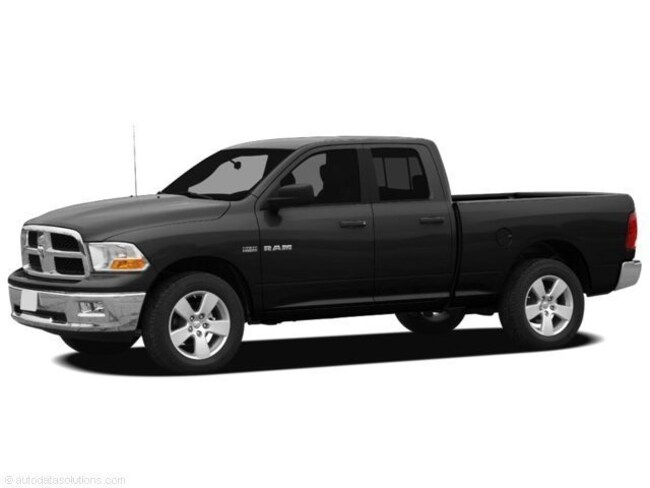 2010 Dodge Ram 1500 Crew Cab Short Bed Truck V-8 cyl