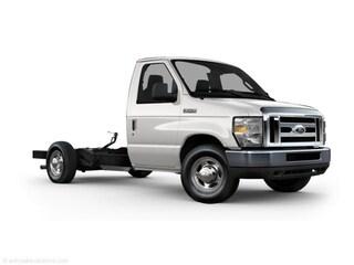 2010 Ford Econoline Commercial Cutaway E-350 Super Duty Truck