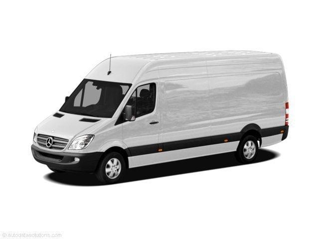 Mercedes-Benz Sprinter 2500 170in- WB
