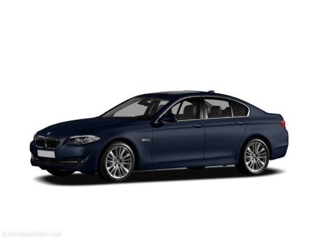 2011 BMW 5 Series 4dr Sdn 528i RWD Car