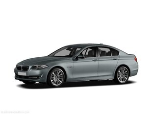 2011 BMW 5 Series 550i Car