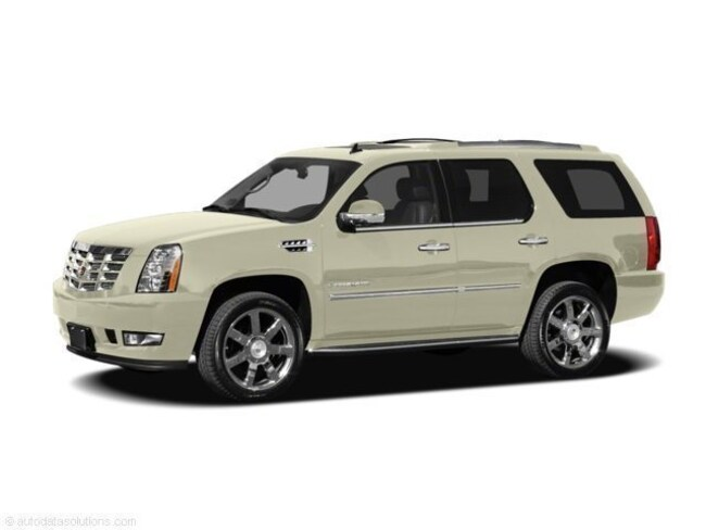 Used 2011 CADILLAC ESCALADE Luxury SUV North Platte