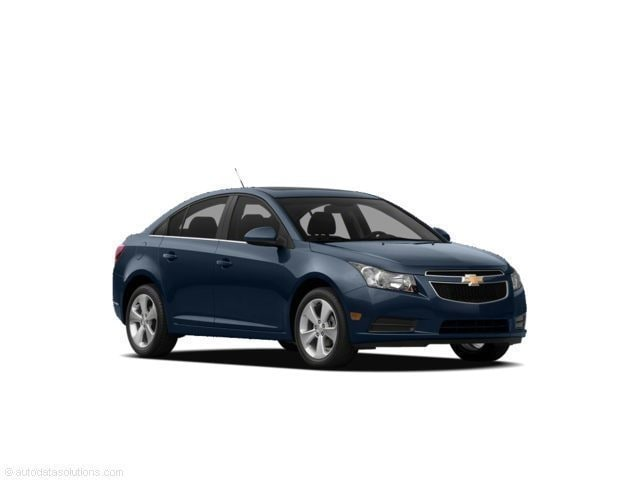 2011 Chevrolet Cruze Sedan 2LT Car