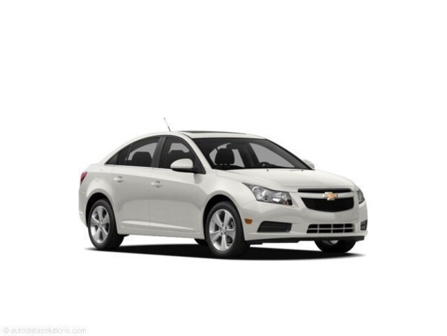 Used 2011 Chevrolet Cruze 1LT Sedan for sale in Fairfield, IL