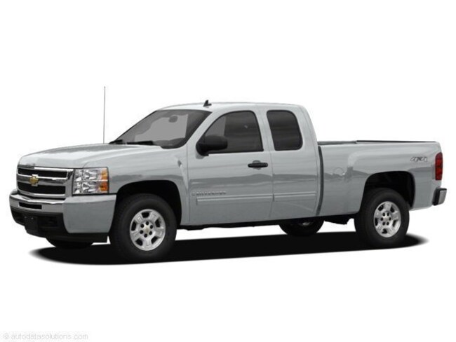 2011 Chevrolet Silverado 1500 4WD Ext Cab 143.5 LS Extended Cab Pickup