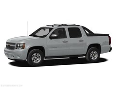 used 2011 Chevrolet Avalanche LS Crew Cab Pickup for sale in wisconsin