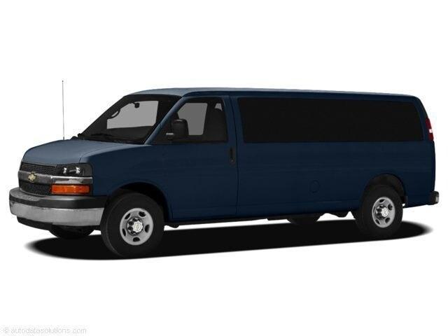 2011 Chevrolet Express 1500 LT Van Passenger Van