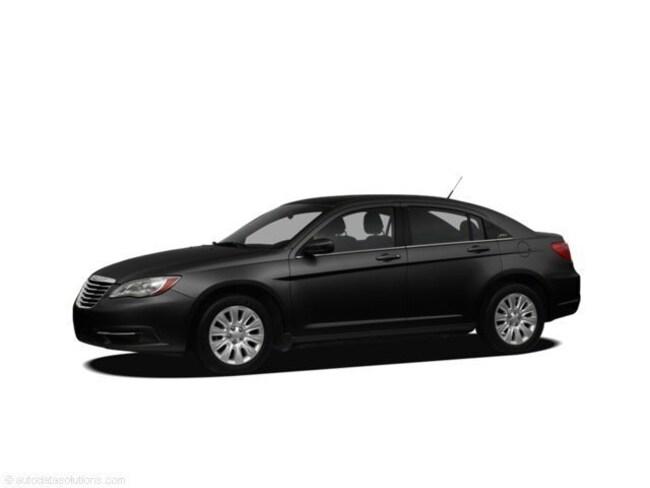 Used 2011 Chrysler 200 Limited Sedan For Sale in Caro, MI