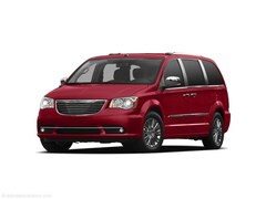 2011 Chrysler Town & Country Touring Van