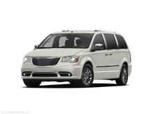 2011 Chrysler Town & Country Touring-L Minivan/Van