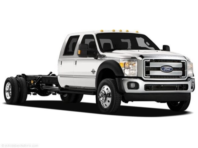 2011 Ford F-350 Chassis Truck Crew Cab