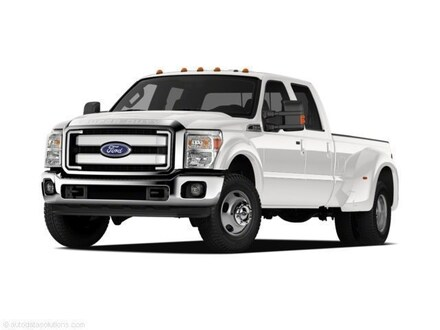 2011 Ford F-450 Crew Cab Long Bed Truck