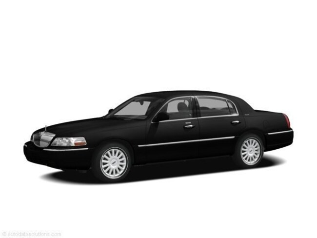 Used 2011 Lincoln Town Car For Sale At Highland Park Liveries Vin