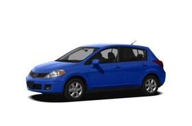 2011 Nissan Versa 1.8SL Hatchback
