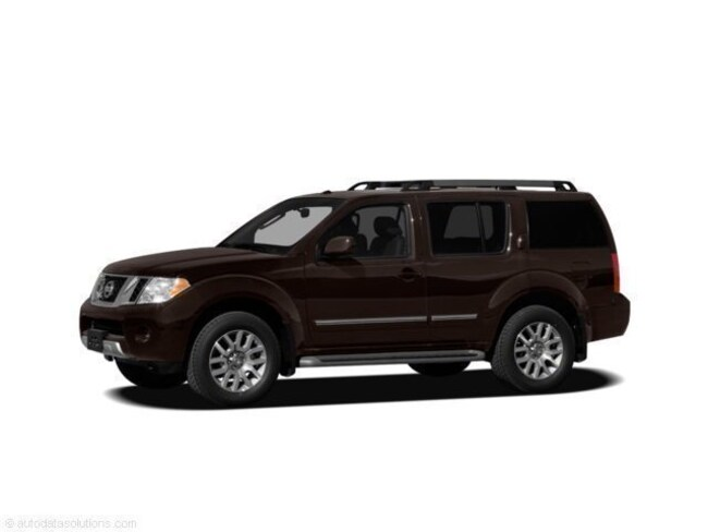 2011 Nissan Pathfinder Silver SUV For Sale in Swanzey NH