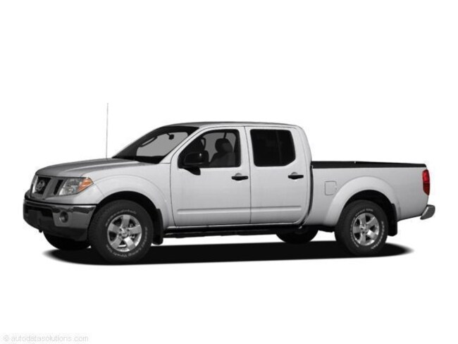 2011 Nissan Frontier PRO-4X Crew Cab Short Bed Truck
