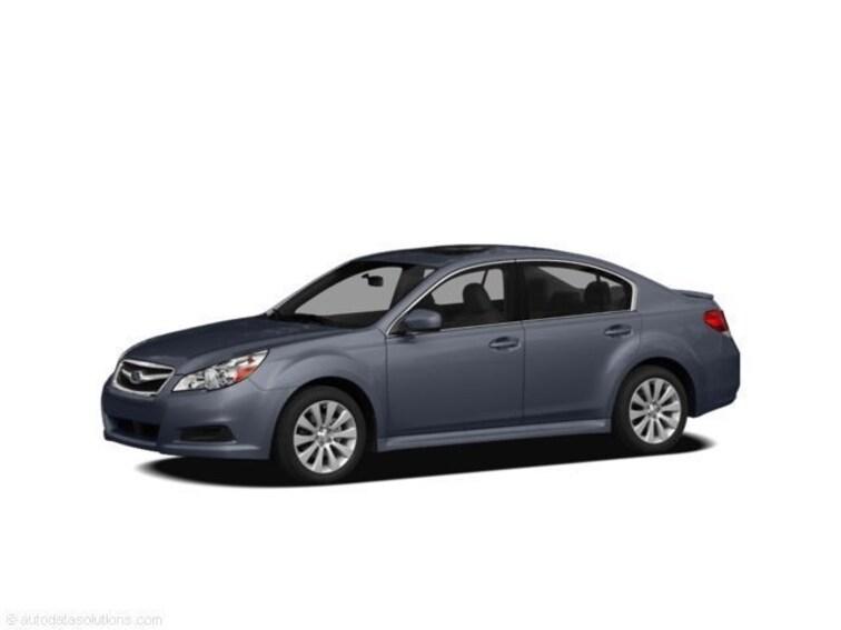 2011 Subaru Legacy 2.5i Premium w/All-Weather Pkg/Power Moonroof Sedan