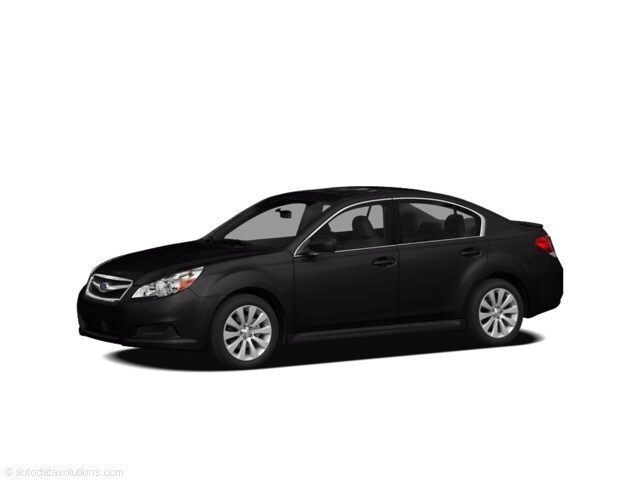 2011 Subaru Legacy 3.6R Limited w/Power Moonroof Sedan